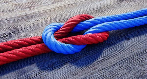 Interlinked Ropes